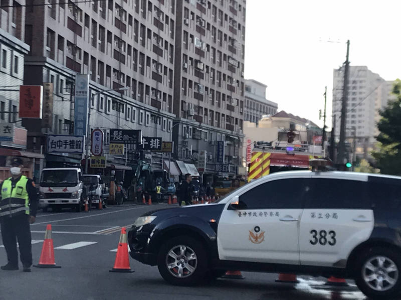 警方獲報到場封鎖現場。(民眾提供)