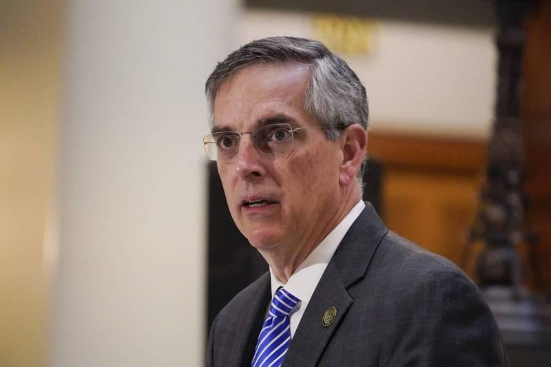 美國喬治亞州州務卿拉芬斯伯格(Brad Raffensperger)表示,明年1月5日參議員補選有非本州居民收到選票,目前正在調查相關違法行為。(美聯社)