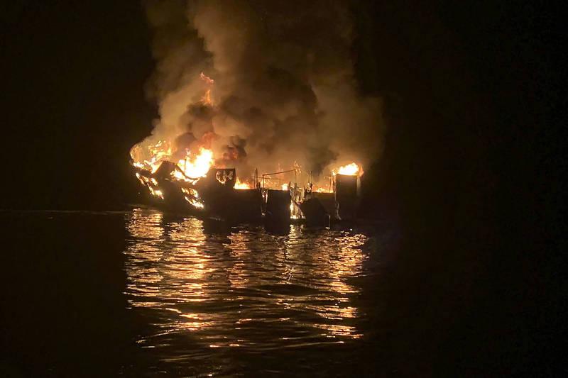 美國聯邦法院週二(1日)依過失殺人罪起訴博伊蘭,去年加州外海這場火燒船喪送34條人命,堪稱美國近代最致命的海上事故。(美聯社)