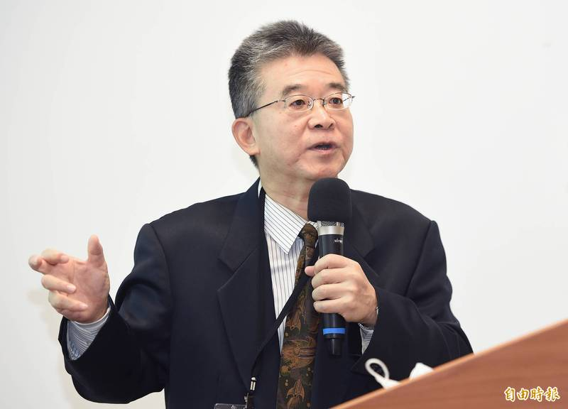 台灣大學法律學院教授陳忠五(見圖)以「財產正義與黨產處理原則」為題發表專講。(記者廖振輝攝)