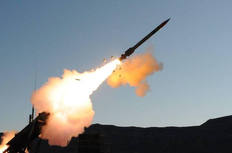 空軍計畫利用愛國者二型飛彈性能提升與愛國者三型飛彈採購結餘款,再向美國採購將近300枚愛國者三型飛彈,外界估計,屆時我國愛國者三型飛彈總數將達650枚左右。圖為愛國者三型飛彈。(擷取自洛克希德馬丁官網)