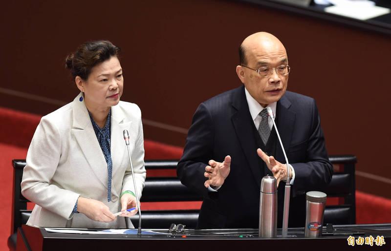 行政院長蘇貞昌(右)、經濟部長王美花立院答詢。 (記者劉信德攝)