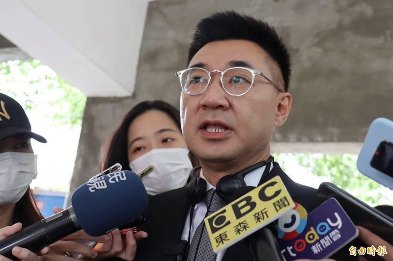 國民黨主席江啟臣今表示,近期蔡英文總統凡是難以招架的問題就搬出「國家整體利益」來回答,溝通要「以誠相待」,不要兩套標準。(資料照)