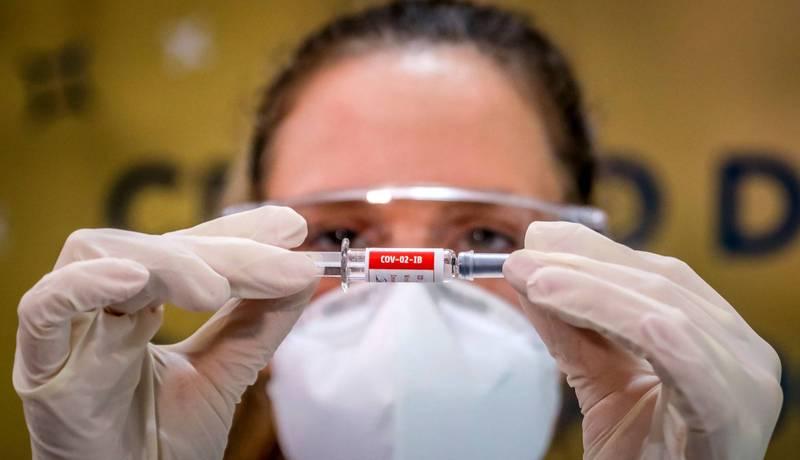 菲律賓將在本周與中國科興生物公司達成協議,訂購2500萬劑武漢肺炎疫苗,預計明年3月送達菲律賓。(資料照,法新社)