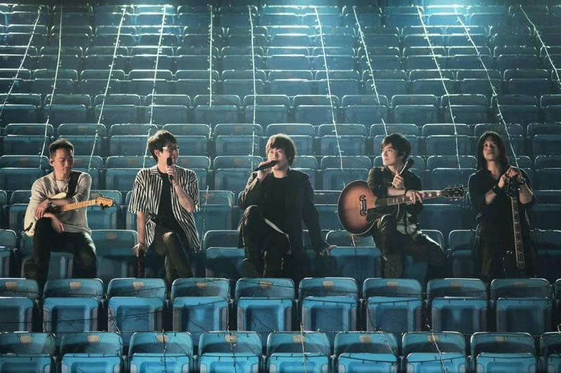根據「yes123求職網」調查,最被上班族期待的歌手藝人是五月天,領先天后蔡依林,蟬聯冠軍8年。(相信音樂提供)