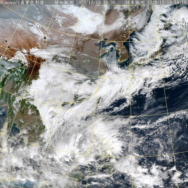 現位於菲律賓南方的熱帶性低氣壓持續增強,日本氣象廳昨晚已發布颱風形成預警,預計將會成為今年第23號「科羅旺」颱風。(擷取自中央氣象局)