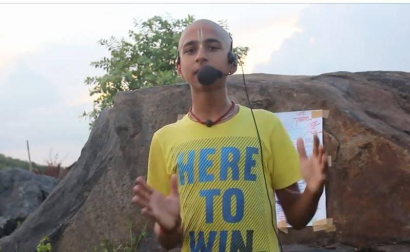 印度14歲神童阿南德(見圖)的預言引發外界熱議。(圖擷取自Abhigya Anand臉書)