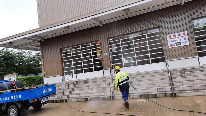 桃園市衛生局表示,昨天(21日)已前往案765、771去過的好市多南崁店完成消毒工作。(記者陳恩惠翻攝)