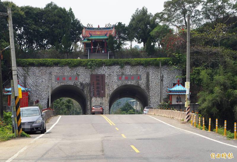 南投縣中寮鄉的知名景觀長源隧道,該鄉測站23日成為全台平地最低溫。(記者陳鳳麗攝)