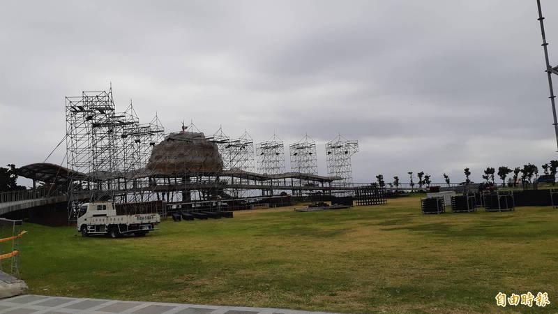 阿妹跨年搖滾區的面積為5000平方公尺,民眾質疑容不下15000人。(記者黃明堂攝)
