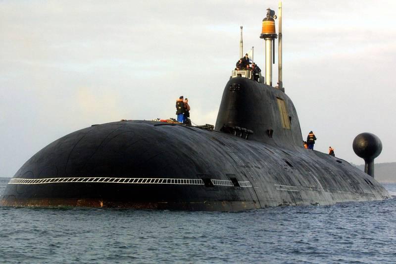 俄羅斯971型「阿庫拉級」核子動力潛艦「獵豹號」已進入北德文斯克造船廠進行維修現代化升級,圖為俄國同級潛艦的「野豬號」(Vepr)。(法新社資料照)