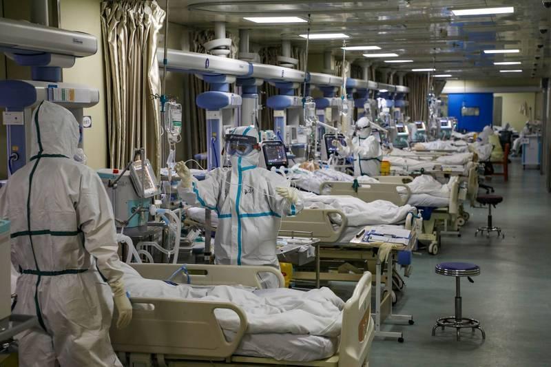 中國武漢肺炎本土疫情升溫,遼寧省大連市3日通報1名超級傳播者傳染給11人,最後共導致33人染疫,懷疑感染源頭是俄羅斯籍貨輪的貨品。圖為中國醫院。(路透檔案照)