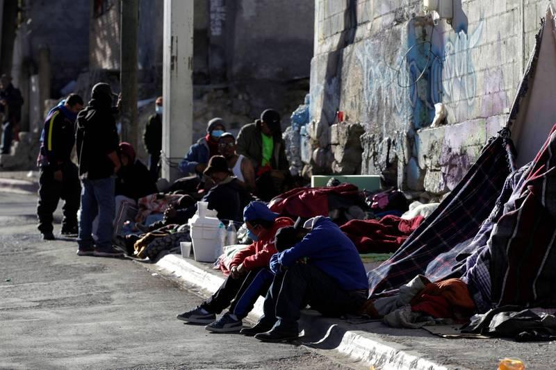 墨西哥政府4日表示,將會制定新計畫,以協助因川普「留在墨西哥」計畫下而滯留在墨西哥的移民。(路透)