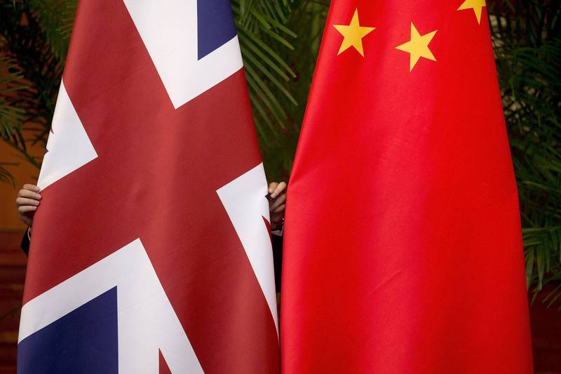 英國脫歐政黨領袖法拉吉表示,將致力於讓英國擺脫依賴中國,並稱中國是「超過歐盟,對英國獨立更大的威脅」。(路透)