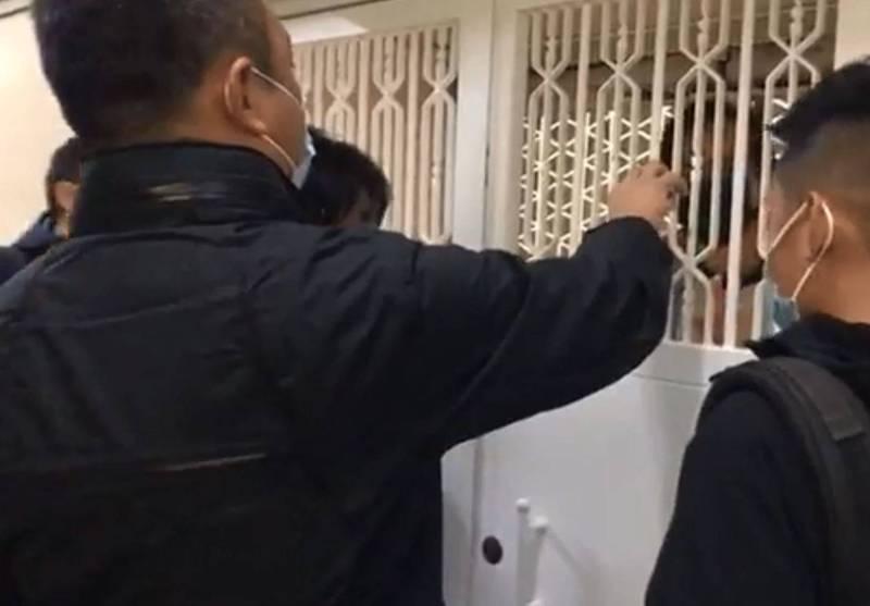 港民主派大拘捕人數續增! 至少52人被抓 媒體辦公室也被搜
