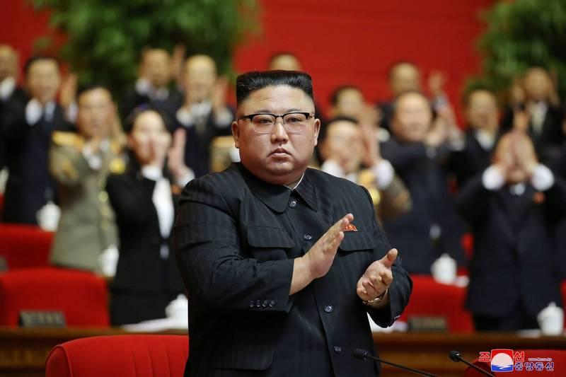 外媒消息指出,北韓領導人金正恩於勞動黨第八次全國代表大會會議中,被推舉為勞動黨總書記,其妹妹金與正則未被選為政治局候選委員,也沒列入勞動黨部長名單。(路透)