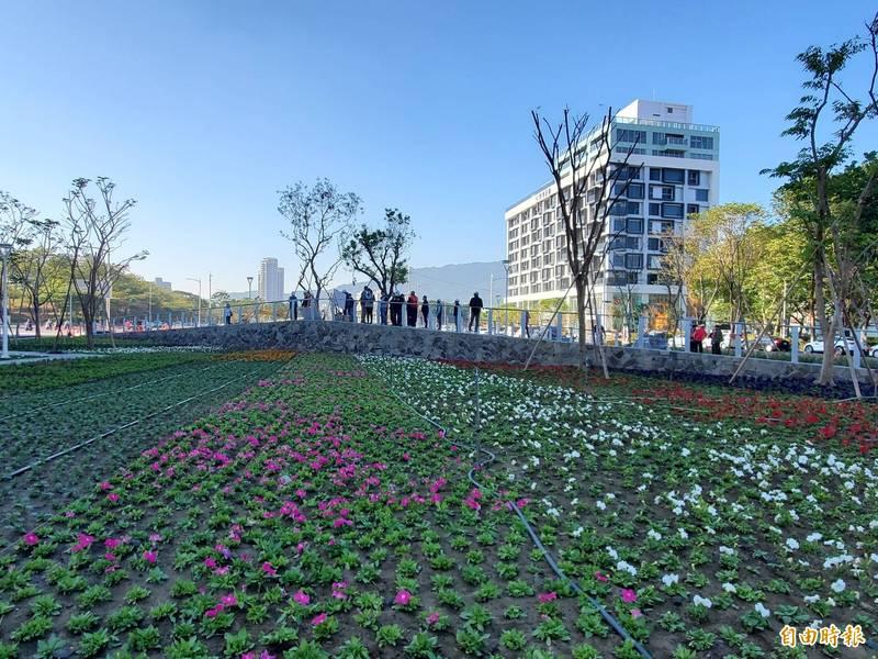 高雄綠園道 農曆春節前開放民眾走春