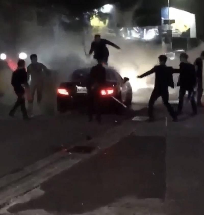 X-CUBE因酒客與安全管理人員鬥毆,<b><a href=