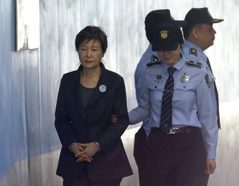 朴槿惠受賄案三審遭判20年有期徒刑、罰金180億韓元(約5億新台幣)(美聯社)