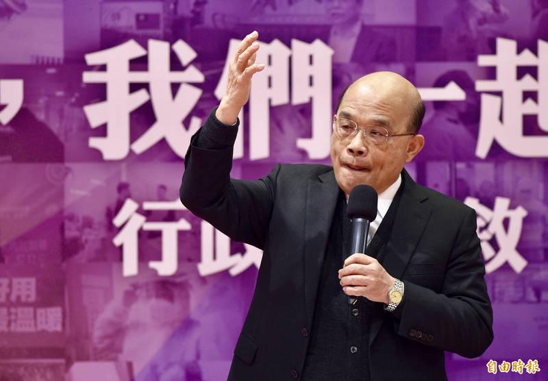 前衛生署長楊志良稱應將感染武漢肺炎的醫師開除,蘇貞昌今天則力挺第一線醫護人員,他說有些政治口水是不必要的。(記者羅沛德攝)