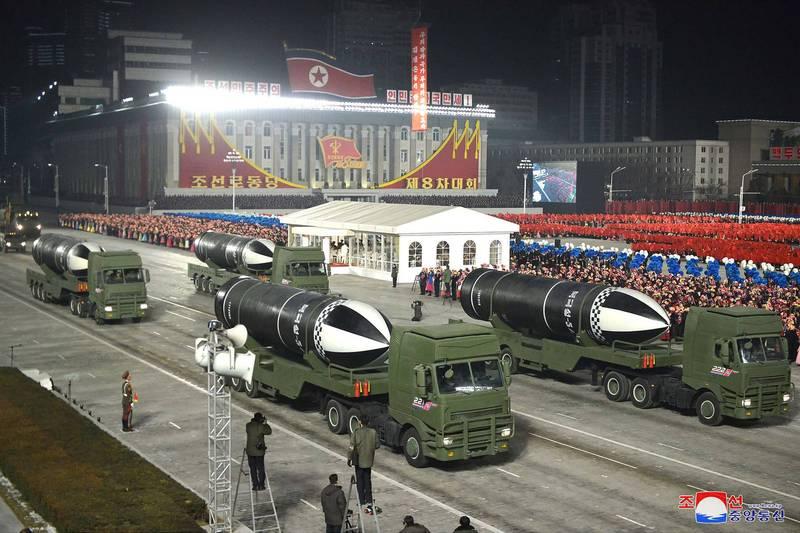 北韓展示潛射彈道飛彈,引起各界關注。(法新社)