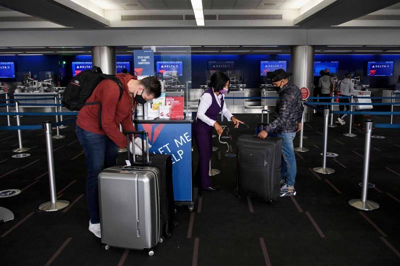 美國多家航空宣布將在就職日前加強安檢,禁止飛往華府的航班旅客托運槍枝。圖為示意圖。(法新社資料照)