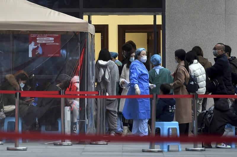 中國武漢肺炎(新型冠狀病毒病,COVID-19)疫情再燃,河北、黑龍江部分地區已再次封城,各地政府也提心吊膽,就怕有外來者成為病毒帶源者。圖為四川成都。(美聯社)