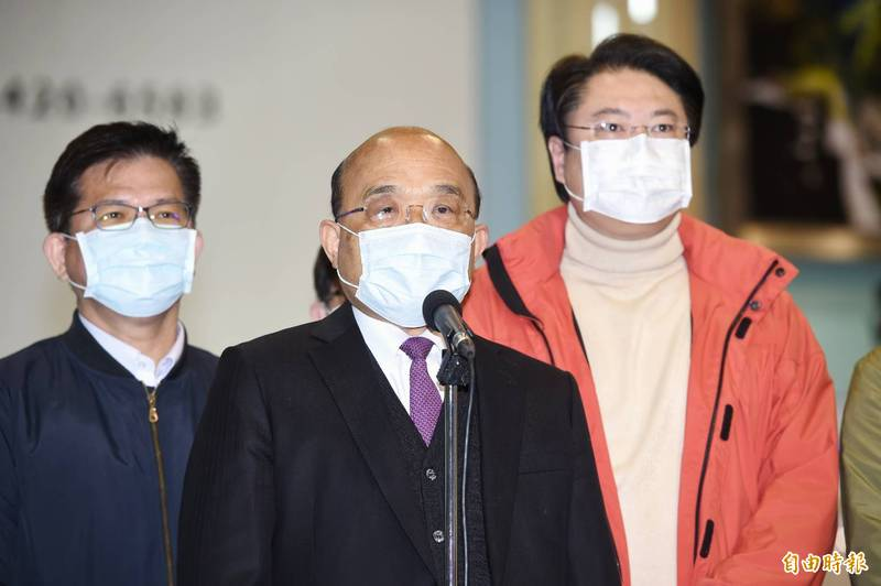 蘇揆表示,台灣是自由民主的國家,選舉、罷免是憲法賦予人民的權利,我們都尊重這個結果。(記者方賓照攝)