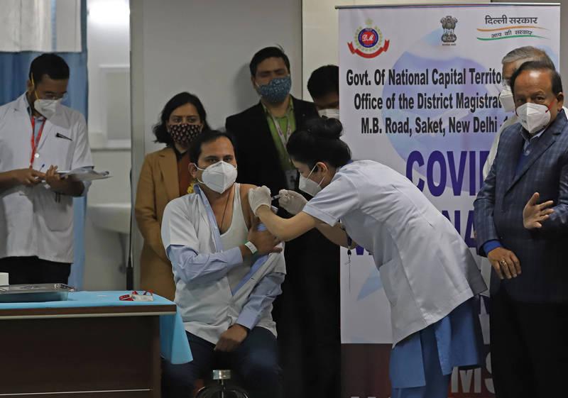 武漢肺炎》官方APP故障 印度「最大規模疫苗接種」首日就出包
