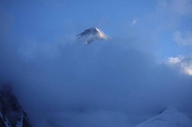 西班牙首相證實!登山家摔落山谷 命喪K2「殺人峰」