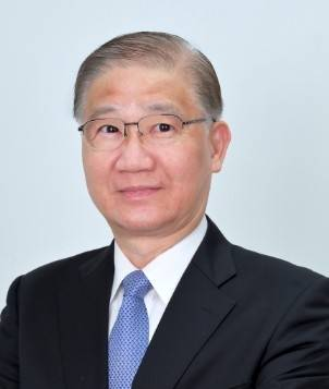 台大前校長楊泮池多年貢獻台灣與法國的高教合作,積極參與歐洲重大癌症研究,獲法國授予最高的國家榮譽勛團騎士勛位。(圖取自台大醫院網站)
