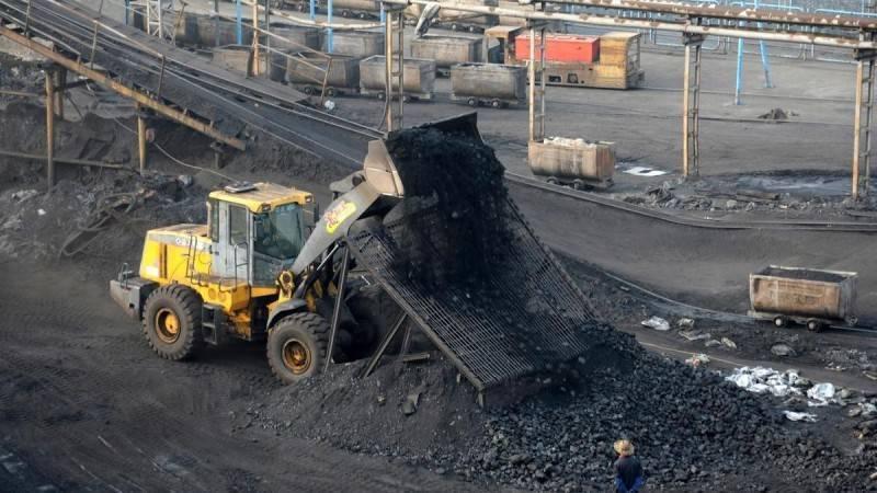 外媒報導,雖然中國禁止澳洲煤炭進口,但澳洲生產的煤炭仍透過其他市場進入中國。(路透)