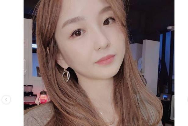 在YouTube頻道擁有500萬人訂閱的南韓知名美食YouTuber「Hamzy」,日前因點讚網友發表的「泡菜是韓國的」以及其他批中言論,遭到中國小粉紅大舉出征。(圖擷自hamzy_1990 IG)