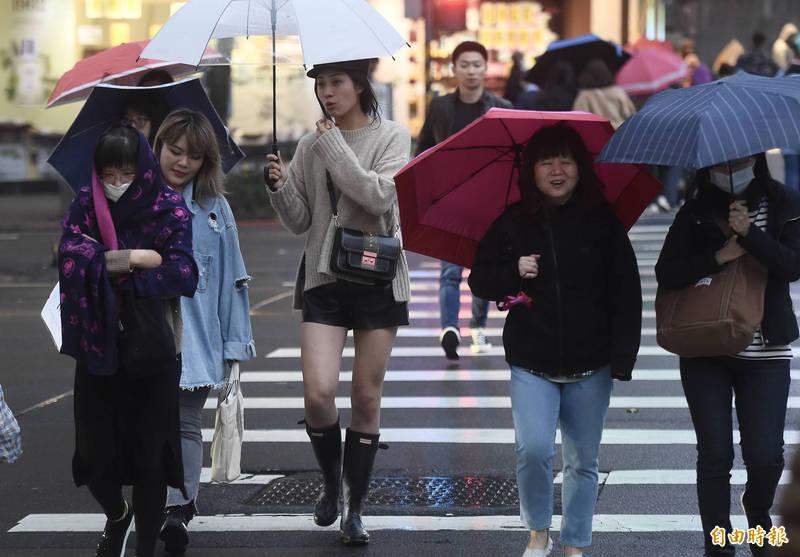 氣象專家彭啟明今(20)日指出,好天氣到今天為止,明天起至下週二、下週三的天氣會「先濕後冷」。(資料照)