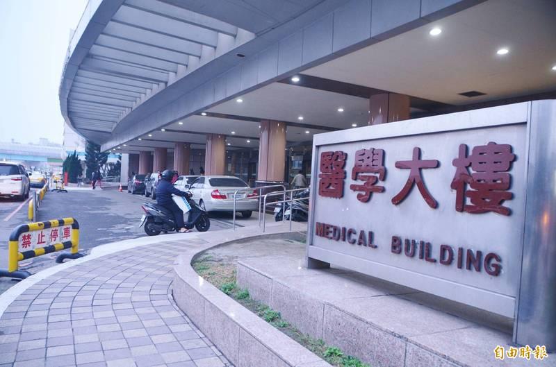 林口長庚紀念醫院宣布21日起,一般病房全面停止探病,加護病房維持每日固定於上午11點到11點半開放探視,每床每次以1人為限。(資料照)