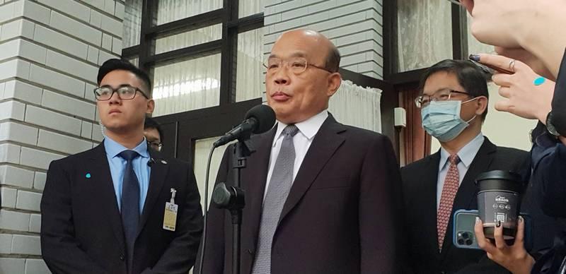 行政院長蘇貞昌主持院會,數位身分證將暫停換發,先訂專法取得共識再依法辦理。(資料照)