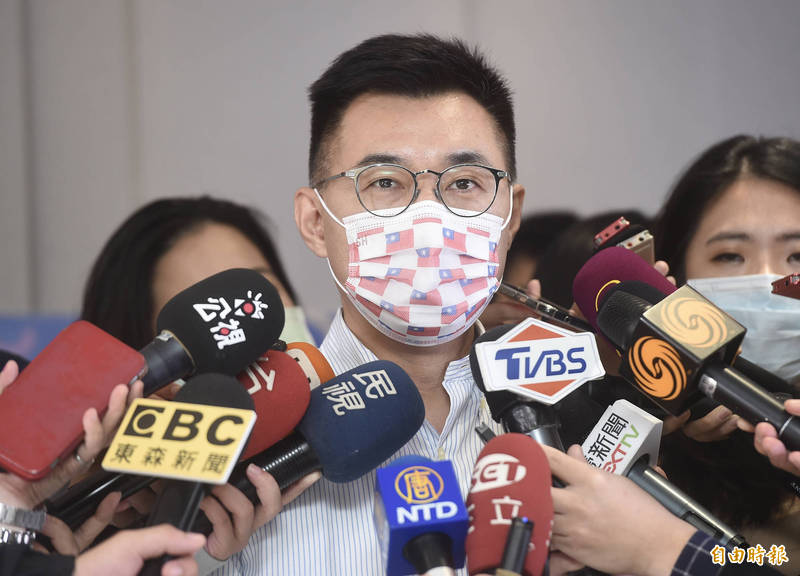 國民黨中央黨部22日召開記者會公布新春春聯,主席江啓臣出席。(記者簡榮豐攝)