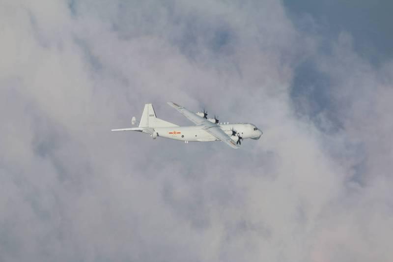 國防部公布今日進入我西南空域「運8」反潛機的同型機照片。(國防部提供)