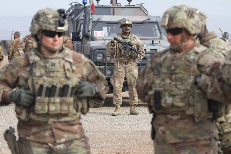 拜登政府表示,將審查前總統川普與民兵組織塔利班達成的和平協議。圖為阿富汗美軍示意圖。(歐新社資料照)