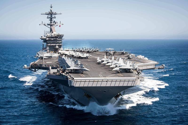 美軍強調,羅斯福號航艦打擊群此次進入南海執行「例行任務」,是要「確保海洋自由,並建立促進海上安全的夥伴關係」。(法新社)