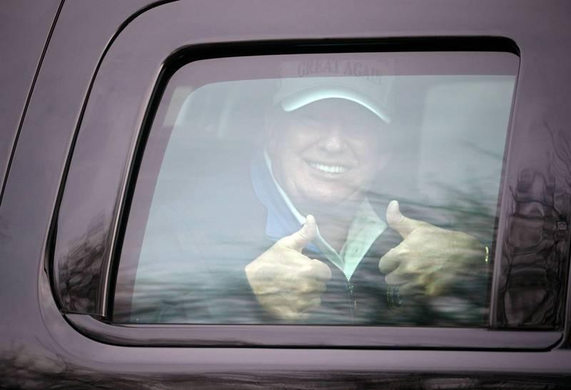 川普在卸任後的第1個週末在高爾夫球場盡情揮竿。(路透檔案照)