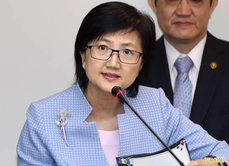 2003年SARS期間參與和平醫院封院的決策者之一、前台北市衛生局長邱淑媞在臉書批評指揮中心嚴重欠缺防疫邏輯,反被網友罵翻。(資料照)