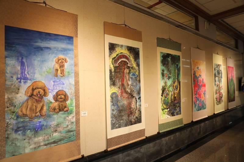 江屘菊個展,即日起至2月21日在台中市港區藝術中心展出!(港區藝術中心提供)