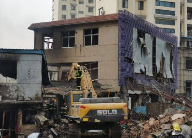 遼寧大連市昨日爆發一起氣爆事件,造成3人死亡,8人受傷,當局初步研判,是當地的天然氣管線洩漏造成。(圖翻攝自微博)