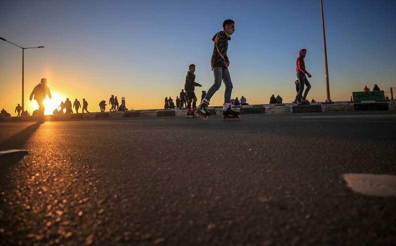 美國駐聯合國大使米爾斯26日向聯合國安理會保證,將支持以巴解決爭議,並恢復對巴勒斯坦難民的援助,圖為巴勒斯坦街道。(歐新社資料照)