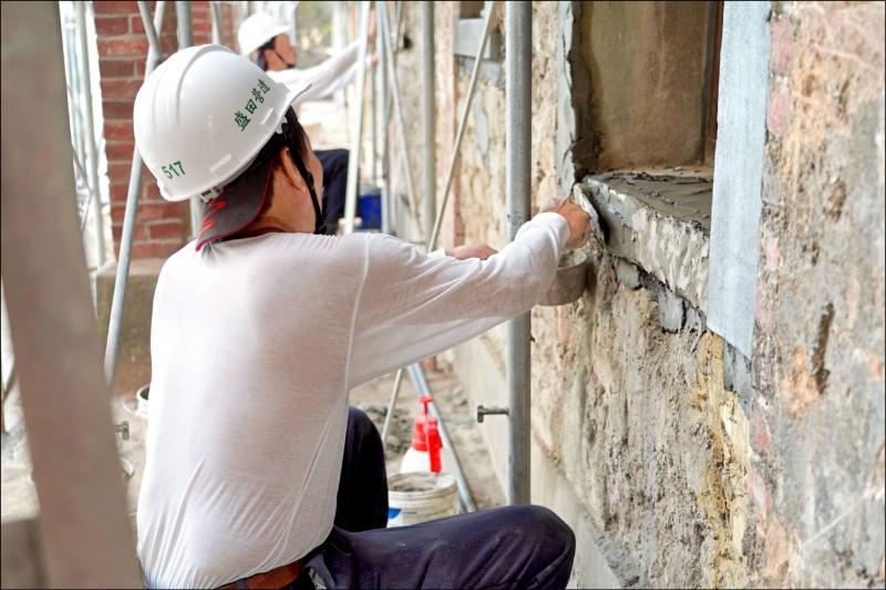 聚奎居由修復團隊細心修復,文化局籲民眾發揮公德心。(文化局提供)