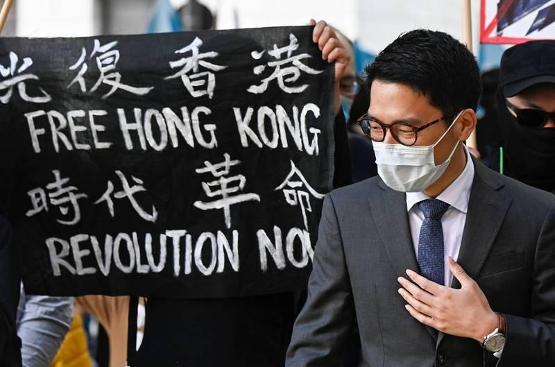 香港眾志創黨主席羅冠聰(見圖)今日正式宣布,獲得耶魯大學的碩士結業證明。羅冠聰也喜悅表示,8項學科中共有6科拿到A的佳績,現在只希望疫情得到控制,能夠出席實體的畢業典禮。(法新社)