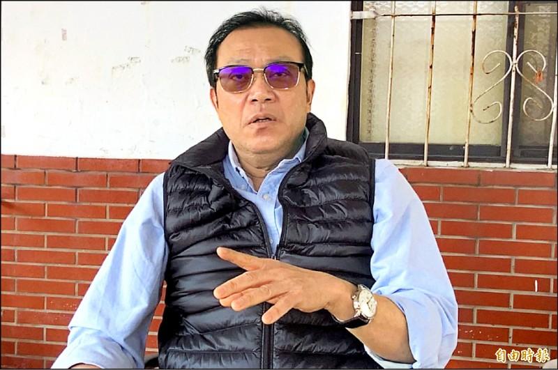民進黨立委蘇震清昨表明,選不選屏東縣長,要聽屏東鄉親的聲音。 (記者葉永騫攝)