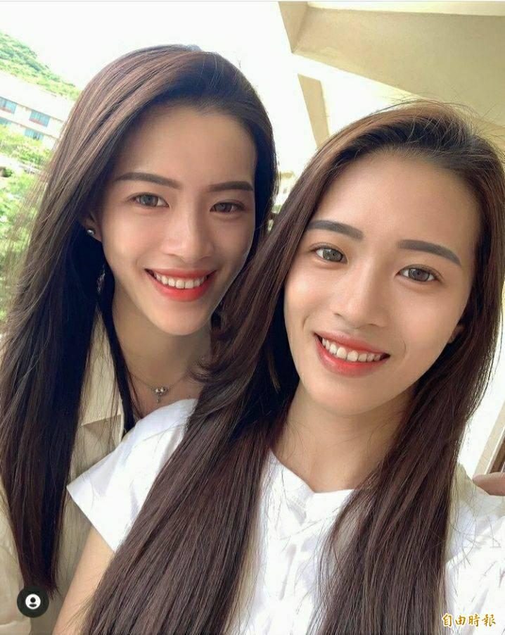 王新雅還有一位雙胞胎妹妹,姊妹常在IG分享自己與家人的合照。(王新雅提供)