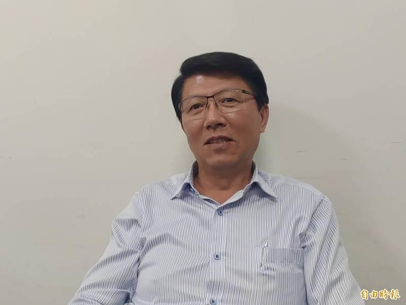 謝龍介說,他的選區是綠大於藍,要罷免的成功機率高,但他求仁得仁,俯仰無愧。(記者蔡文居攝)
